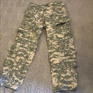 Army Combat Trousers (MENS) NWOT!!!